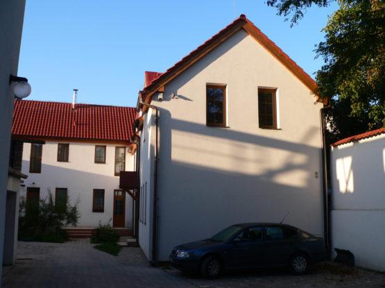 Bytový dům s provozovnou