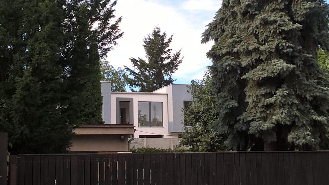 Bydlení uprostřed zahrad ul. Záveská